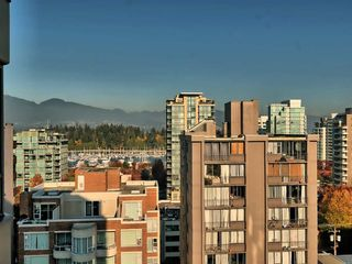 "Photo 19: 1101 1860 ROBSON Street in Vancouver: West End VW Condo for sale in ""Stanley Park Place"" (Vancouver West)  : MLS®# R2363847"