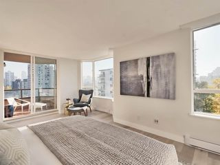 "Photo 12: 1101 1860 ROBSON Street in Vancouver: West End VW Condo for sale in ""Stanley Park Place"" (Vancouver West)  : MLS®# R2363847"