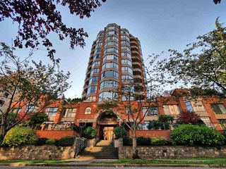 "Photo 20: 1101 1860 ROBSON Street in Vancouver: West End VW Condo for sale in ""Stanley Park Place"" (Vancouver West)  : MLS®# R2363847"