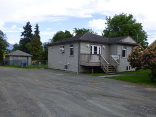 Photo 2: 9766 OAK Street in Chilliwack: Chilliwack N Yale-Well Business with Property for sale : MLS®# C8025768
