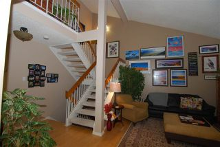 Photo 3: 220 CHATEAU Place in Edmonton: Zone 20 Townhouse for sale : MLS®# E4159287