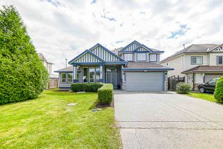 Main Photo: 6352 175A Street in Surrey: Cloverdale BC House for sale (Cloverdale)  : MLS®# R2376650
