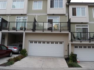 Photo 1: 116 13670 62 Avenue in Surrey: Sullivan Station Townhouse for sale : MLS®# R2377421