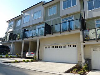 Photo 2: 116 13670 62 Avenue in Surrey: Sullivan Station Townhouse for sale : MLS®# R2377421