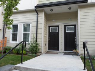Photo 3: 116 13670 62 Avenue in Surrey: Sullivan Station Condo