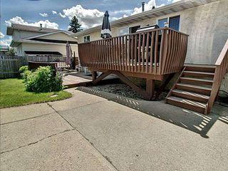 Photo 4: 8035 181 Street in Edmonton: Zone 20 House for sale : MLS®# E4162108
