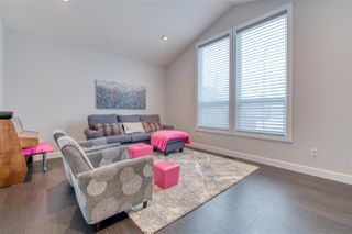 Photo 3: 4875 214A Street in Langley: Murrayville House for sale : MLS®# R2383069