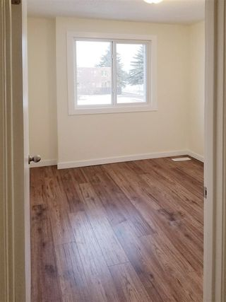 Photo 14: 132 CORNELL Court in Edmonton: Zone 02 Townhouse for sale : MLS®# E4163886