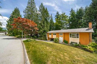 "Photo 1: 284 HARVARD Drive in Port Moody: College Park PM House for sale in ""COLLEGE PARK"" : MLS®# R2385281"