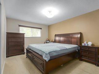 Photo 11: 7669 140 Street in Surrey: East Newton House for sale : MLS®# R2386560