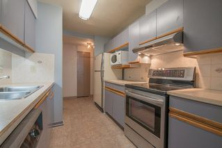 """Photo 9: 401 5790 PATTERSON Avenue in Burnaby: Metrotown Condo for sale in """"THE REGENT"""" (Burnaby South)  : MLS®# R2397207"""