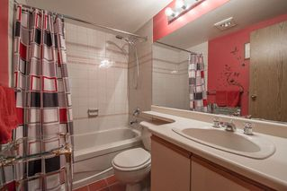 """Photo 16: 401 5790 PATTERSON Avenue in Burnaby: Metrotown Condo for sale in """"THE REGENT"""" (Burnaby South)  : MLS®# R2397207"""