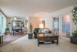 """Photo 4: 401 5790 PATTERSON Avenue in Burnaby: Metrotown Condo for sale in """"THE REGENT"""" (Burnaby South)  : MLS®# R2397207"""