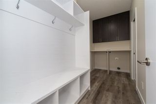 Photo 3: 5312 22 Avenue SW in Edmonton: Zone 53 House for sale : MLS®# E4174779