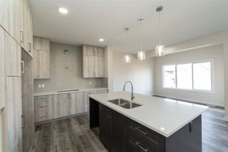 Photo 11: 5312 22 Avenue SW in Edmonton: Zone 53 House for sale : MLS®# E4174779