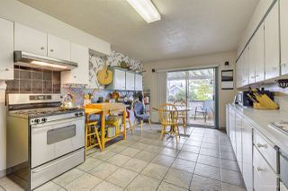 Photo 2: 4145 ETON Street in Burnaby: Vancouver Heights House for sale (Burnaby North)  : MLS®# R2410817