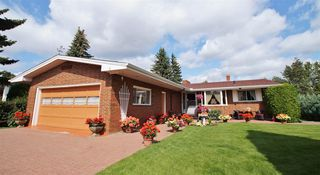 Photo 2: 7504 ROWLAND Road in Edmonton: Zone 19 House for sale : MLS®# E4181278