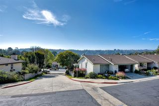 Photo 4: CLAIREMONT Townhome for sale : 3 bedrooms : 4505 Caminito Pedernal in San Diego