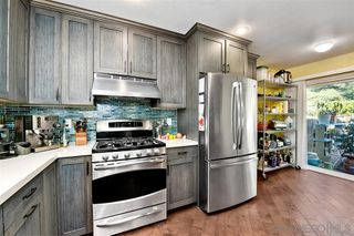 Photo 8: CLAIREMONT Townhome for sale : 3 bedrooms : 4505 Caminito Pedernal in San Diego