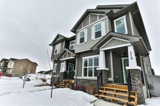 Photo 3: 219 GRIESBACH Road in Edmonton: Zone 27 House Half Duplex for sale : MLS®# E4192905