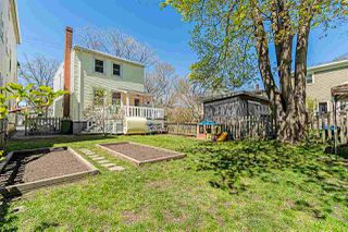 Photo 3: 1687 Henry Street in Halifax: 2-Halifax South Residential for sale (Halifax-Dartmouth)  : MLS®# 202008166