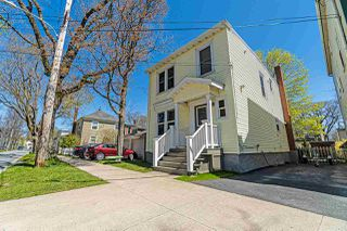 Photo 2: 1687 Henry Street in Halifax: 2-Halifax South Residential for sale (Halifax-Dartmouth)  : MLS®# 202008166