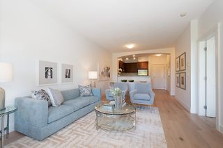 """Photo 15: 319 2250 WESBROOK Mall in Vancouver: University VW Condo for sale in """"CHAUCER HALL"""" (Vancouver West)  : MLS®# R2462990"""