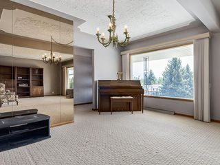 Photo 6: 32 CUMBERLAND Drive NW in Calgary: Cambrian Heights Detached for sale : MLS®# C4303014
