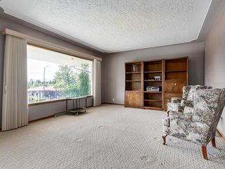 Photo 5: 32 CUMBERLAND Drive NW in Calgary: Cambrian Heights Detached for sale : MLS®# C4303014