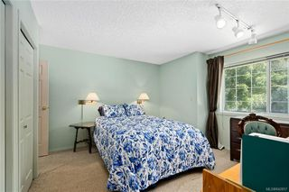Photo 25: 396 W Viaduct Ave in Saanich: SW Prospect Lake House for sale (Saanich West)  : MLS®# 842857