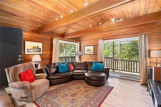 Photo 16: 396 W Viaduct Ave in Saanich: SW Prospect Lake House for sale (Saanich West)  : MLS®# 842857