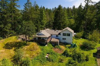 Photo 45: 396 W Viaduct Ave in Saanich: SW Prospect Lake House for sale (Saanich West)  : MLS®# 842857