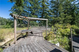 Photo 34: 396 W Viaduct Ave in Saanich: SW Prospect Lake House for sale (Saanich West)  : MLS®# 842857