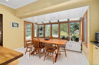Photo 13: 396 W Viaduct Ave in Saanich: SW Prospect Lake House for sale (Saanich West)  : MLS®# 842857