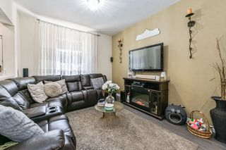 Photo 5: 75 Kindrade Avenue in Hamilton: House for sale : MLS®# H4086008