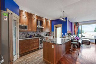Photo 7: 2319 48 Street NW in Calgary: Montgomery Semi Detached for sale : MLS®# A1034812