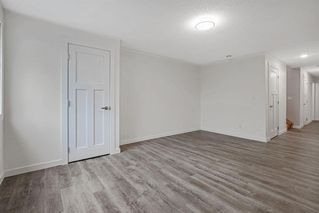 Photo 25: 2319 48 Street NW in Calgary: Montgomery Semi Detached for sale : MLS®# A1034812