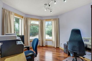 Photo 21: 2319 48 Street NW in Calgary: Montgomery Semi Detached for sale : MLS®# A1034812