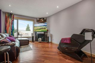 Photo 10: 2319 48 Street NW in Calgary: Montgomery Semi Detached for sale : MLS®# A1034812