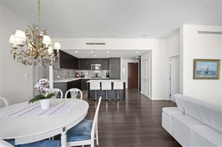 """Photo 14: 3103 3102 WINDSOR Gate in Coquitlam: New Horizons Condo for sale in """"CELODON WINDSOR GATE"""" : MLS®# R2505179"""