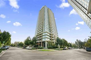 """Photo 3: 3103 3102 WINDSOR Gate in Coquitlam: New Horizons Condo for sale in """"CELODON WINDSOR GATE"""" : MLS®# R2505179"""