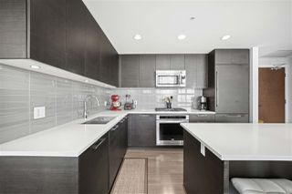 """Photo 7: 3103 3102 WINDSOR Gate in Coquitlam: New Horizons Condo for sale in """"CELODON WINDSOR GATE"""" : MLS®# R2505179"""