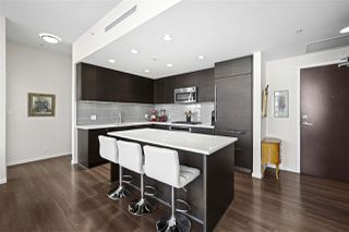 """Photo 4: 3103 3102 WINDSOR Gate in Coquitlam: New Horizons Condo for sale in """"CELODON WINDSOR GATE"""" : MLS®# R2505179"""