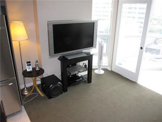 "Photo 4: 807 833 SEYMOUR Street in Vancouver: Downtown VW Condo for sale in ""CAPITAL"" (Vancouver West)  : MLS®# V896603"