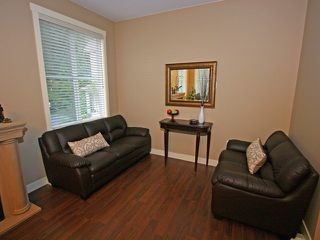 """Photo 8: 22 11160 234A Street in Maple Ridge: Cottonwood MR Townhouse for sale in """"THE VILLAGE AT KANAKA"""" : MLS®# V915791"""