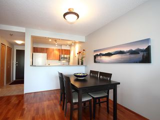 "Photo 9: 404 1510 W 1ST Avenue in Vancouver: False Creek Condo for sale in ""MARINERS POINT"" (Vancouver West)  : MLS®# V919317"