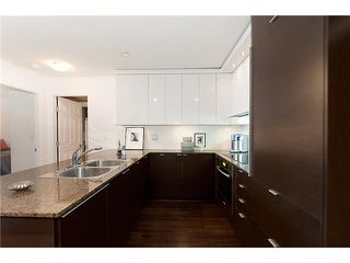 Photo 4: 4008 84 GRANT Street in Port Moody: Port Moody Centre Condo for sale : MLS®# V925241