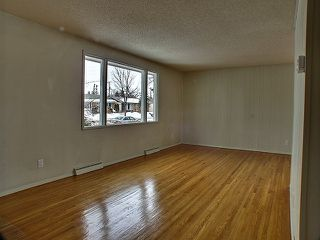 Photo 3: 729 Nottingham Avenue in Winnipeg: East Kildonan Residential for sale (North East Winnipeg)  : MLS®# 1305651