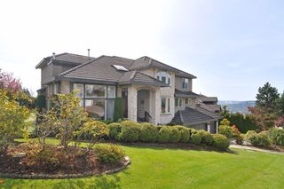 Photo 2: 3069 Plateau Boulevard in Coquitlam: Westwood Plateau House for sale : MLS®# V1004033