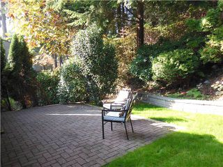"Photo 8: 955 HERITAGE Boulevard in North Vancouver: Seymour Townhouse for sale in ""Heritage In The Woods"" : MLS®# V1031683"